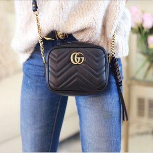 736e05ad552 Gucci Bags - Gucci GG Marmont Mini Matelassé Camera Bag